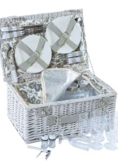 Family Feast Picnic Basket