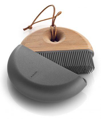Eva Solo Cool sweep dustpan and brush set