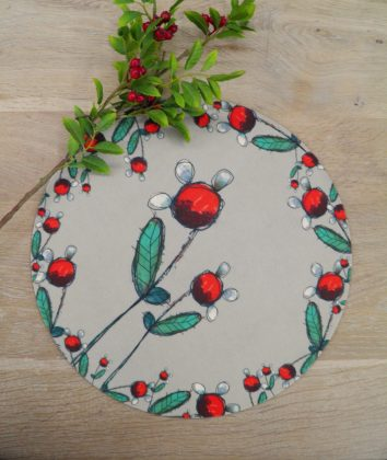 Art d olivia large round placemat Cherry Blossom